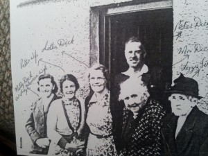 1920 Lottie Dick and family Jane Dick is Lotties mother