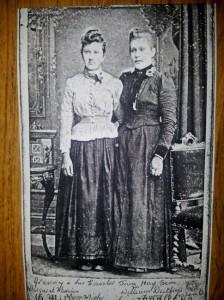 1900 Margaret Morrison Sim 1872 and Jane Hay Sim 2
