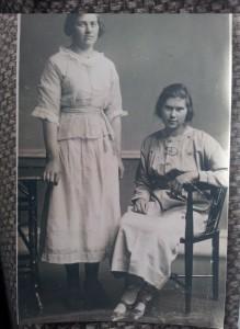 1918 Margaret Esson ne Morrison and Nell (Margaret Jane Helen Esson)