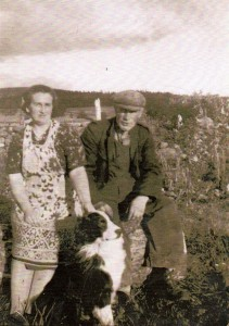 1960 Esson Margaret and Alec Grannie and Grandad and Spot