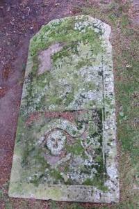 Migvie kirk - flat stone
