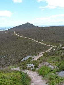 Track from Mither Tap to Craigshannoch